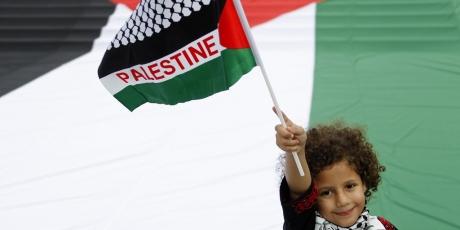 Oscar winners: Visit Palestinian kids in prison instead!
