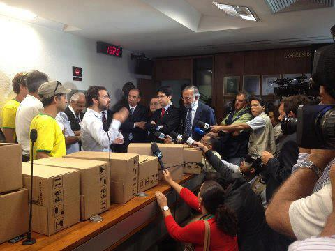 Delivering our 1.6 million voices to Brazil's Senate