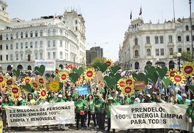 Avaaz se une a marcha de los pueblos